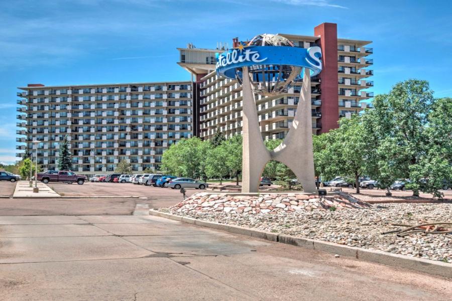 411 Lakewood Drive, #B-615, Colorado Springs, 80910, 2 Bedrooms Bedrooms, ,1.5 BathroomsBathrooms,Condo,Furnished,Vali High,Lakewood,6,1292
