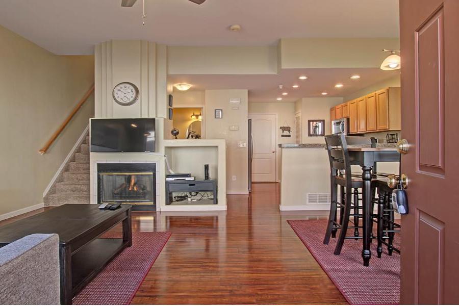 3246 Atrium Point, Colorado Springs, 80906, 2 Bedrooms Bedrooms, ,2.5 BathroomsBathrooms,Townhome,Furnished,Atrium,1301